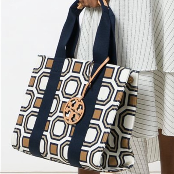 Tory Burch Handbags - Tory Burch Geometric Canvas Tote